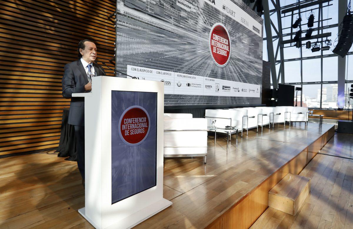Evento Conferencia Internacional de Seguros realizado en CCK (Centro Cultural Kirchner)Todos los derechos reservados al autor.Ley 11.723ph: Oscar Roberto Castro - @robycomby
